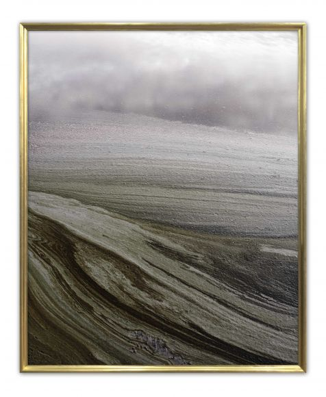 Natyr 04 in a Standard Frame